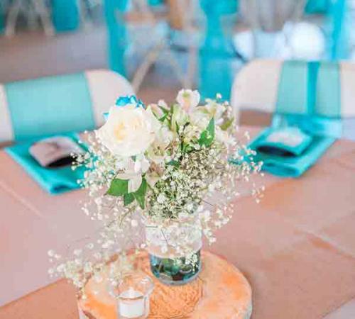 ellis ranch flower arrangement